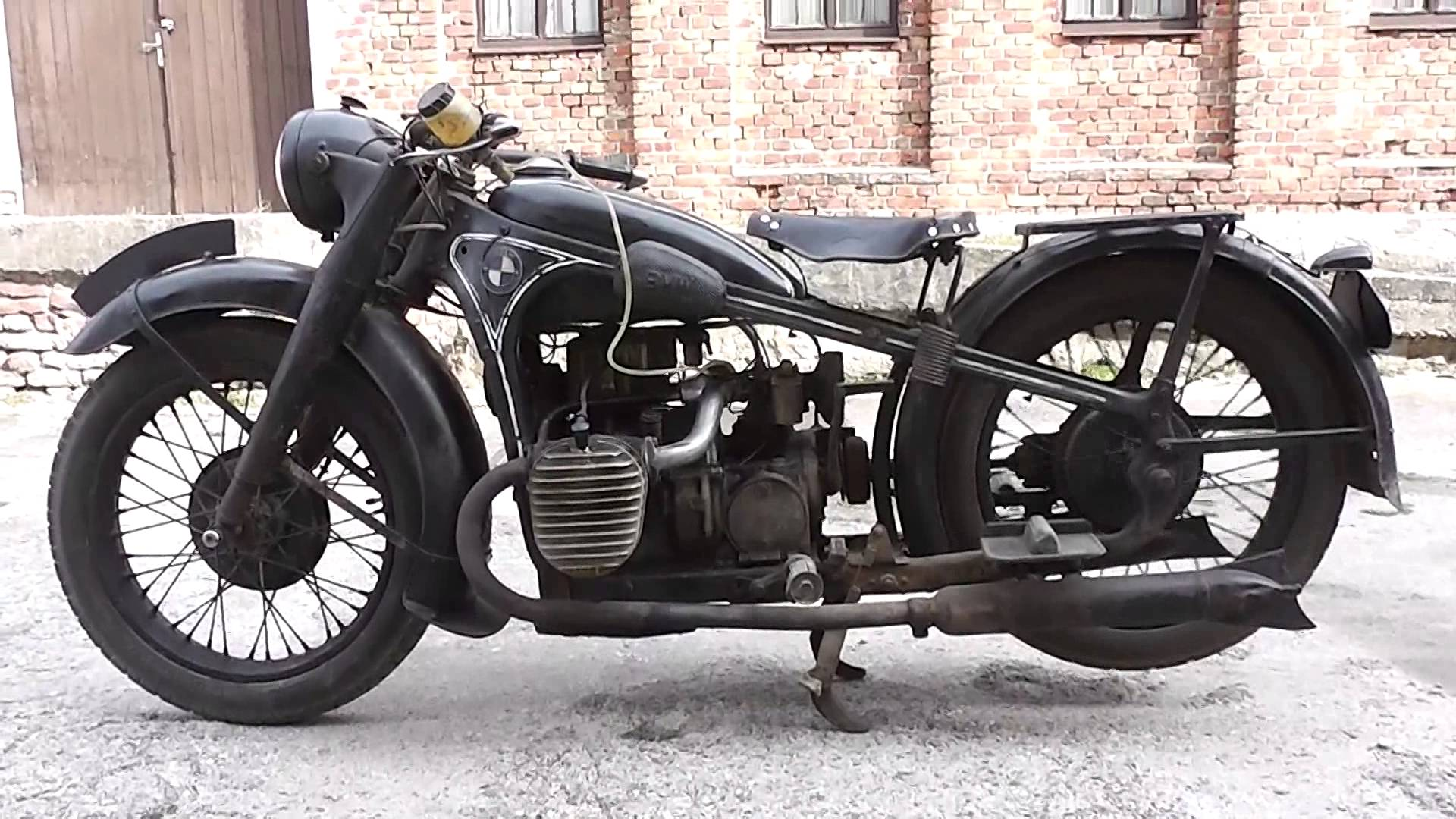 BMW R12 Barn Find RUNNING