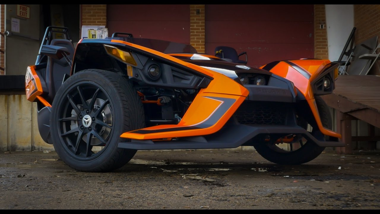 the one of a kind polaris slingshot takes on the streets legendary motorcycles. Black Bedroom Furniture Sets. Home Design Ideas