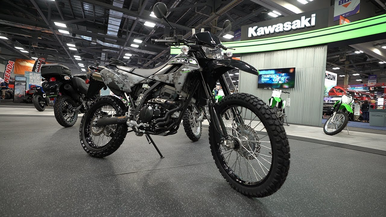 the 2018 kawasaki klx250 is back after a 3 year hiatus legendary motorcycles. Black Bedroom Furniture Sets. Home Design Ideas